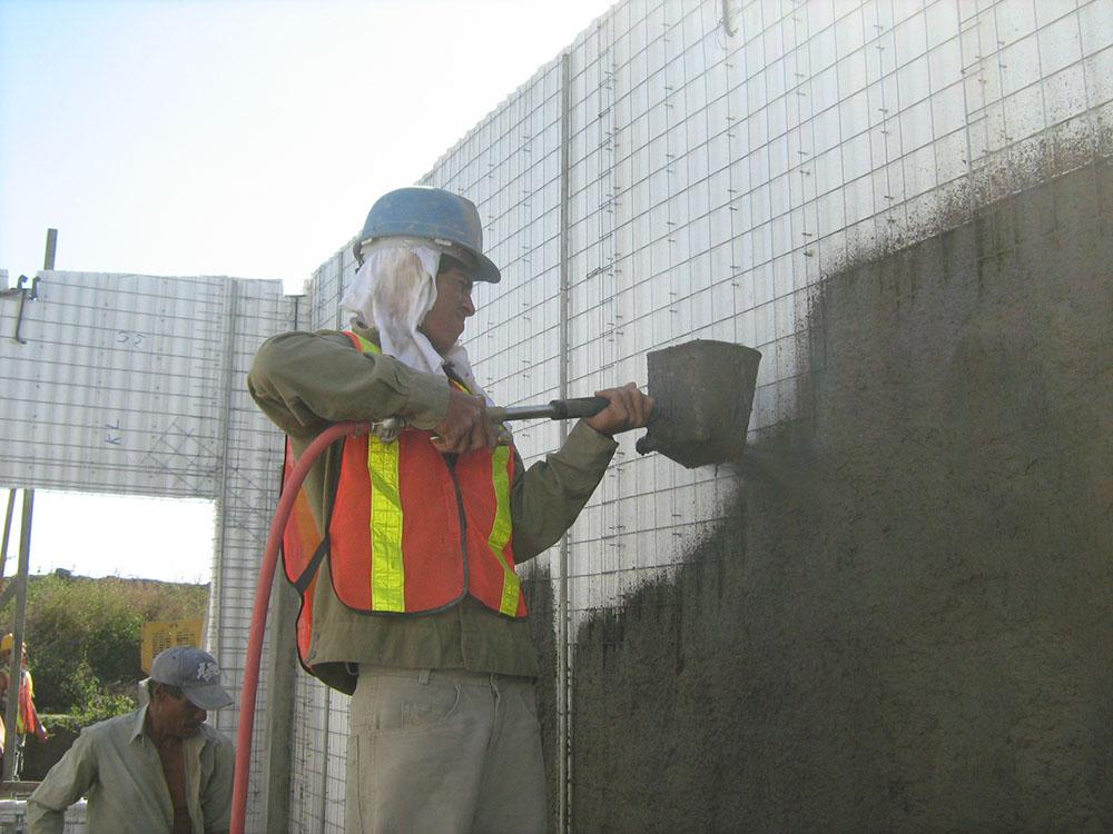 Residencial-Las-Delicias-Fabrica-del-Sistema-Constructivo-Emmedue-M2-2-300x225