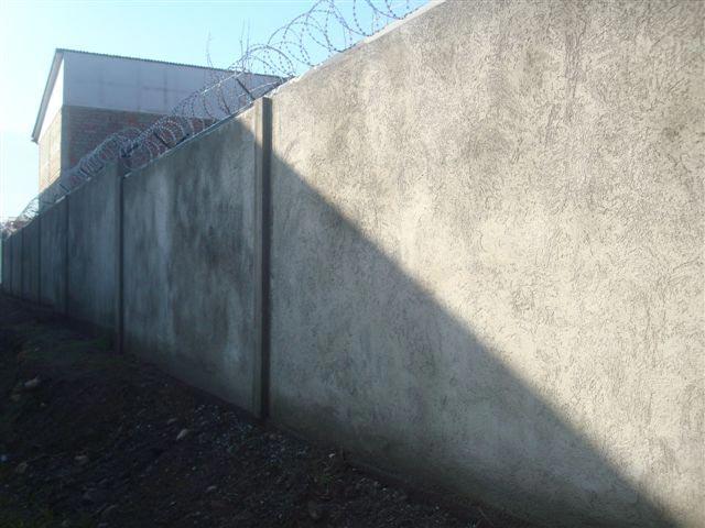 Muro-perimetral-paneles-panelconsa-(2)