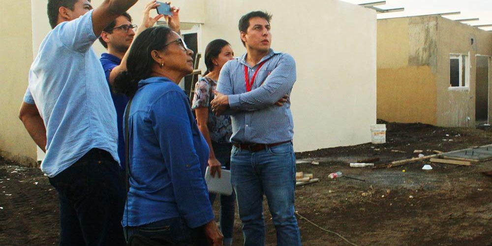 Especialistas de la Universidad de Cataluna y MTI visitan la Planta de Panelconsa (7)